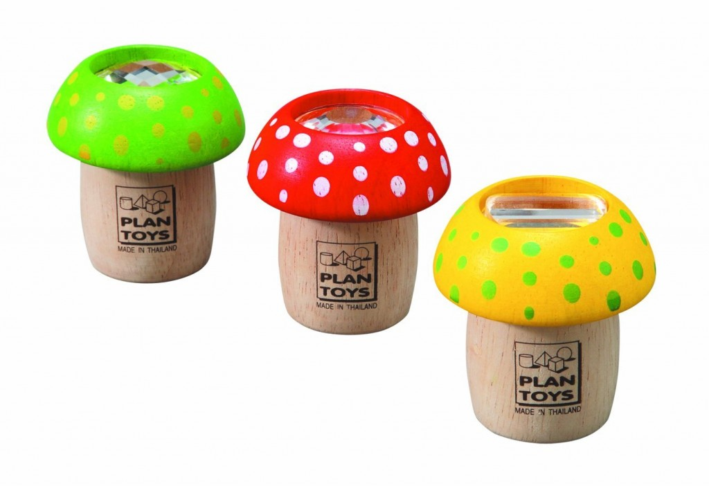 How adorable are these little mushroom kaleidoscopes for stocking stuffers? Made from all natural materials too!