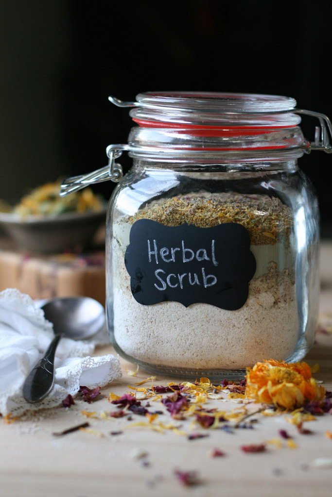 DIY-herbal-scrub-naturally-loriel