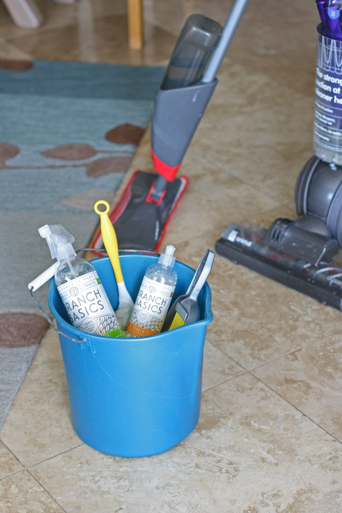 "Although there aren't any ""rules"" on how to spring clean, here are a few tips that help make the process go more smoothly and focused. (hint: use ONE toxic-free cleaner to help simplify!)"