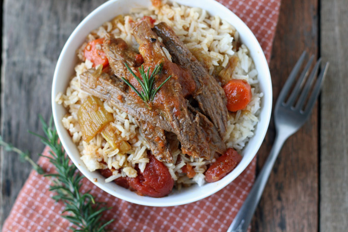 The flavor of this French Onion Pot Roast is anything but dull. Seasoned with chemical-free french onion mix and wine, the flavor is rich, deep, and delicious.