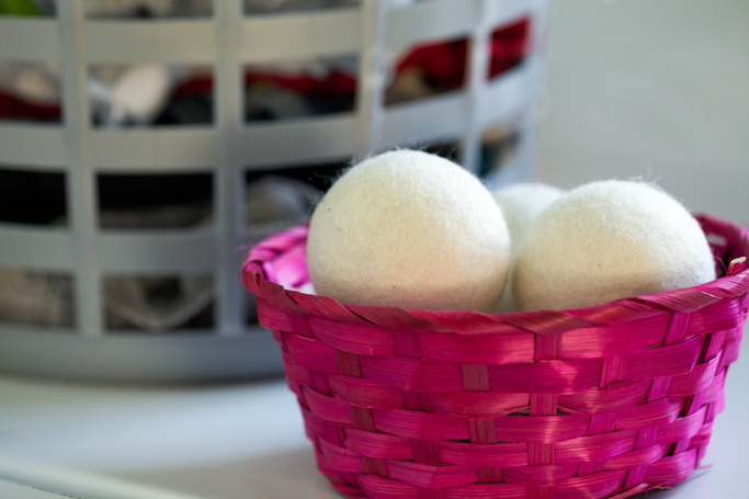 wool-dryer-balls-horizontal